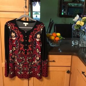 Very boho shirt with bell sleeves